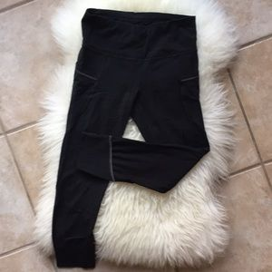 Athleta Cropped Leggings Size XS